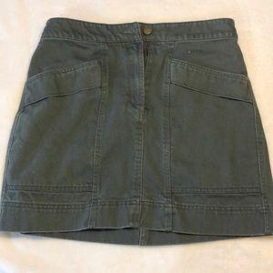 HM green skirt